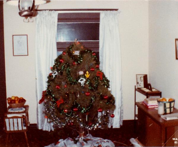 christmas tree new lexington 1985