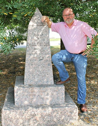 david hyles at monument for his dad